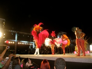 Samba dancers took over the runway for the grand finale.