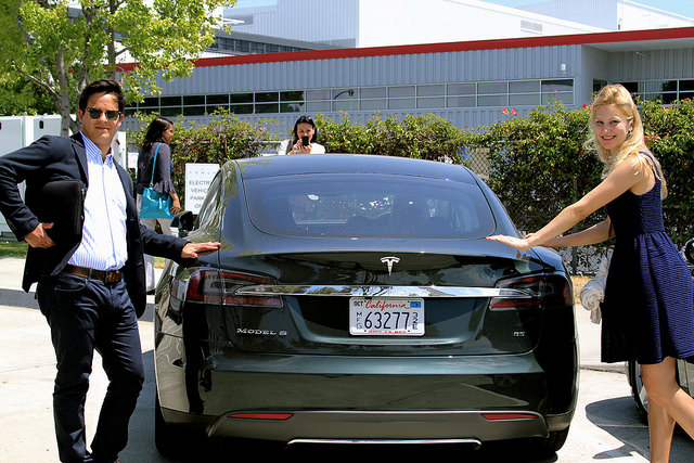 Peace, Trade, and Development Students Visit Tesla