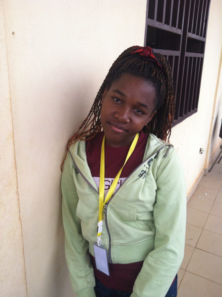 Mbia Ahanda Honorine, 15