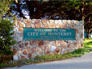 Monterey_CA_Western_City_Welcome_Sign_2010