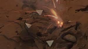 Aquí se puede ver las mechas; las formas triangulares que explotan cuando estén golpeados.