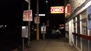 On my way back home at the end of the day. Here you can find one of the OXXO shops, which are so popular around the city.